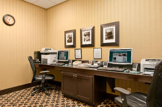 Homewood Suites Tulsa - South: The business center is open 24 hours for your convenience.