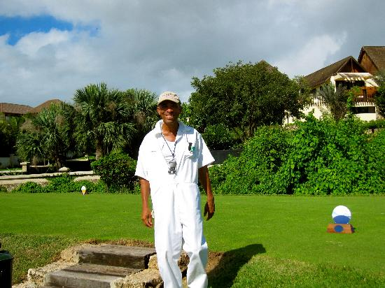 Casa de Campo Resort & Villas: The Best Caddie on the resort!