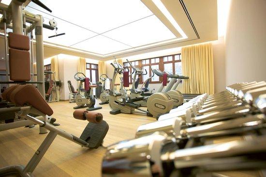 Wald & Schlosshotel Friedrichsruhe: Fitnessraum/ fitness centre