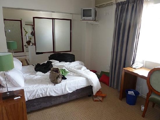 Lady Hamilton Hotel: Hotel Room