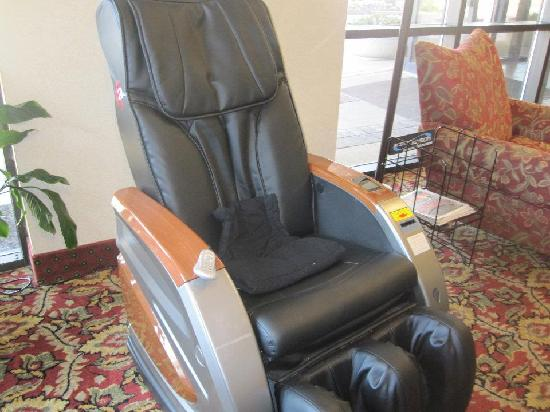 Quality Inn & Suites Dayton South / Miamisburg: Relax in our massage chair.