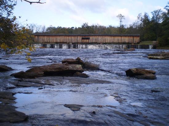 Watson Mill Bridge State Park: River view of Bridge