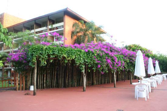 Raices Esturion Hotel : near the pool