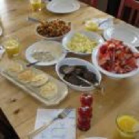 Memory Lane Inn: Breakfast