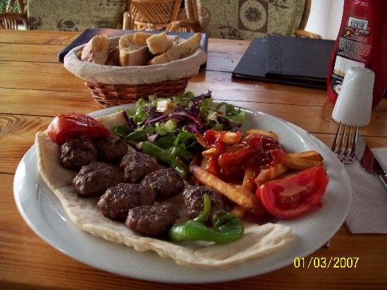 Boomerang Guesthouse & Restaurant: Grilled Meatballs: Yummy