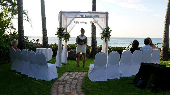 Hotel Tamarindo Diria: Wedding ceremony