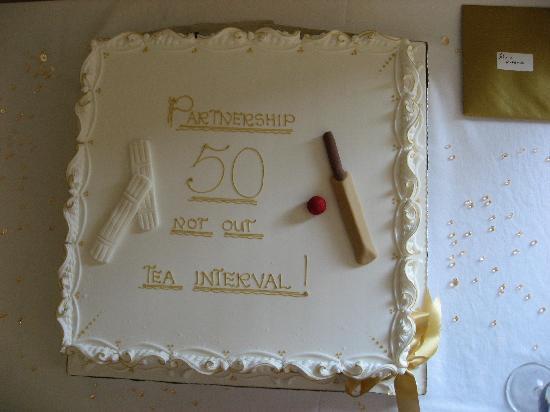 Alton House Hotel: The Cake