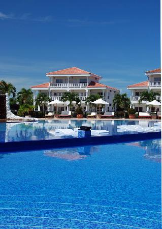 The Placencia Hotel and Residences: View of the Pool and Hotel