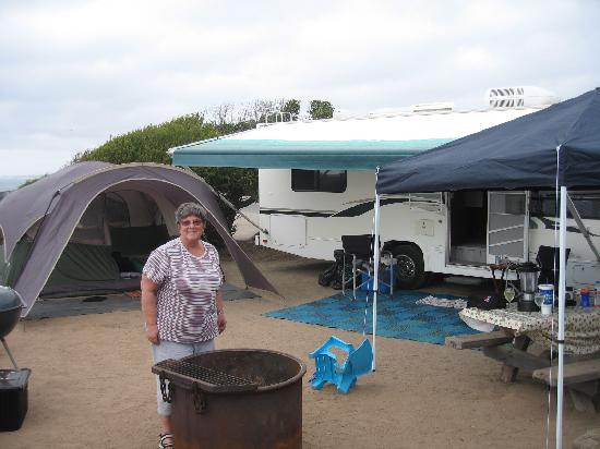 South Carlsbad State Beach: Campsite was adequate for 30 foot RV and tent