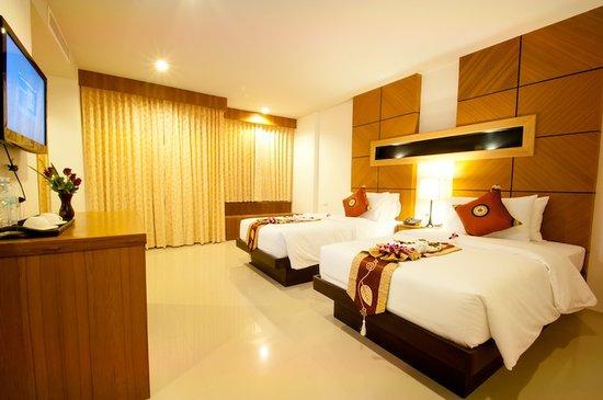 WE Hotel at Sansabai