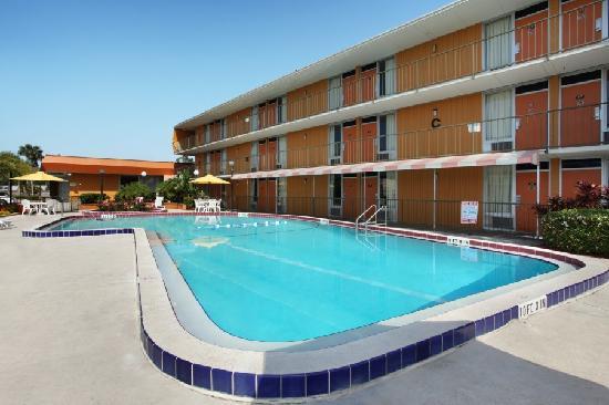 Photo of Howard Johnson Inn Orlando International Drive