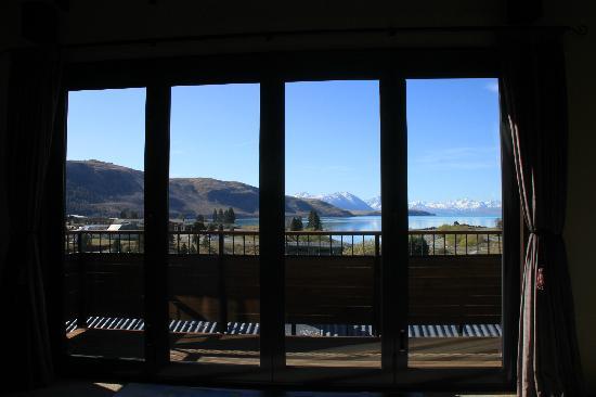 TekapoB2 Lakeview Apartment: View from the sofa