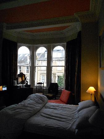 Balmoral Guesthouse: the en-suite room