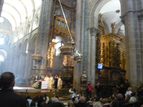Hotel Compostela : Botafumeiro ambientando la Catedral