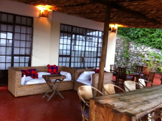 Onsea House Arusha: patio outside the older rooms