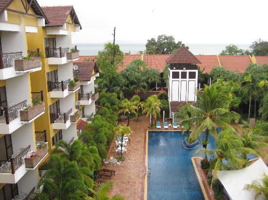 Tiara Labuan Hotel: View from Balcony