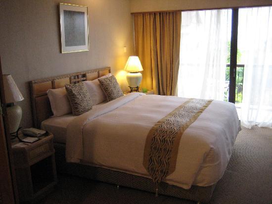 Tiara Labuan Hotel: Bedroom