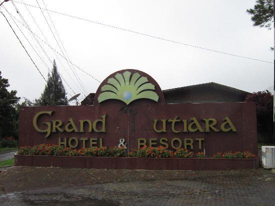 โรงแรมแกรนด์มูเทียรา: Grand Mutiara with the missing `M'