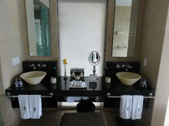 Banyan Tree Cabo Marques: Bathroom