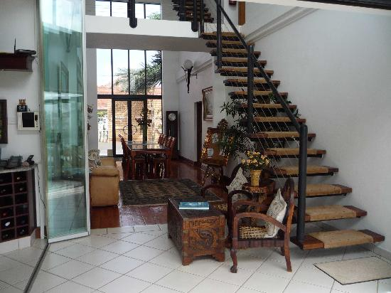 Amanzimtoti Beach Rest: Escalier