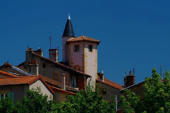 Loire, ฝรั่งเศส: Charlieu - Vue générale du village © ADRT 42 - Gil Lebois