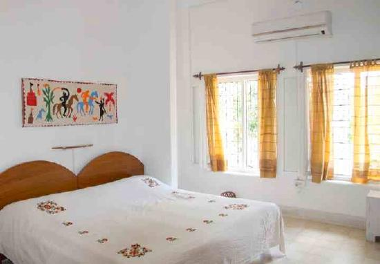 Mitali Homestays: One of the double-bedrooms