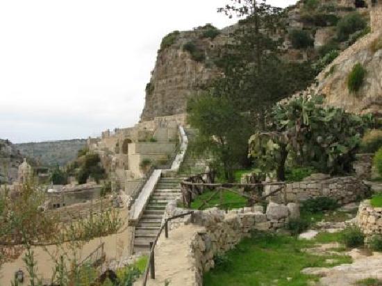 Le Dimore dei Venti: Area of grottos