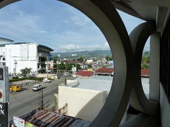 The Orchard Cebu Hotel & Suites: Blich aus dem Fenster