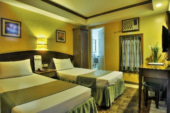 Fersal Hotel - Manila: Deluxe Room