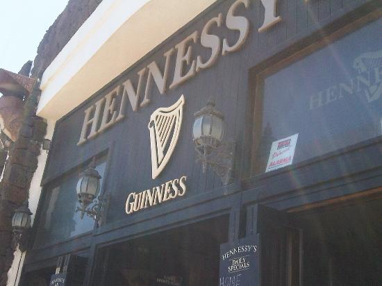 Hennessey's: the pub