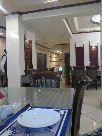 7 Seas Fish Restaurant: 1st Floor seating