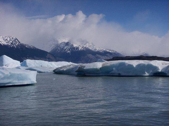 Upsala Glacier: BARRERA DE TEMPANOS