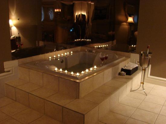 Seely's Motel: bain tourbillon dans la chambre