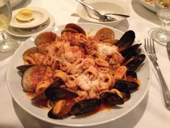 Loucas Restaurant New Jersey