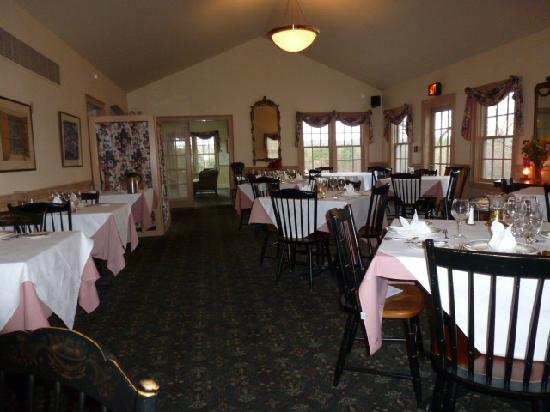 Chesterfield Inn: Old Time Class and charm.