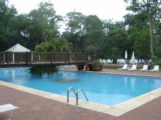 Cataratas del Iguazú: Piscina del hotel