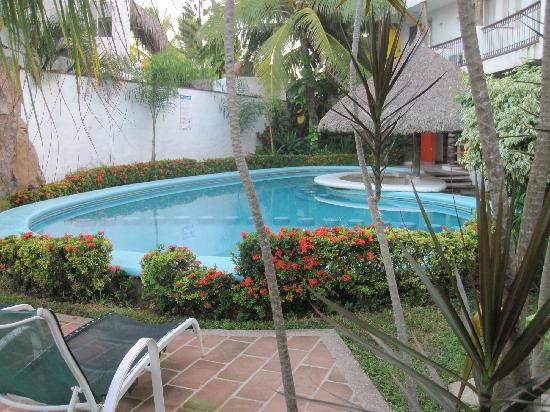 Villas Maria Fernanda: one of 2 swimming pools, water quality well maintained
