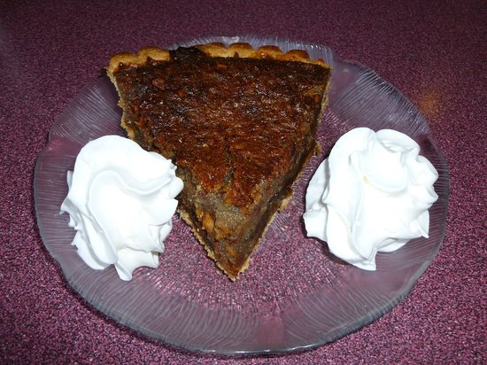 Nick's on the West Side: Yummy chocolate pecan pie