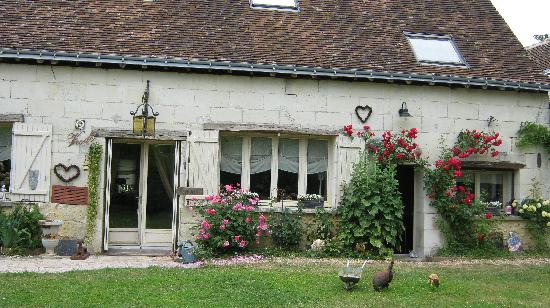 La Grange Dimiere: The front of the house!