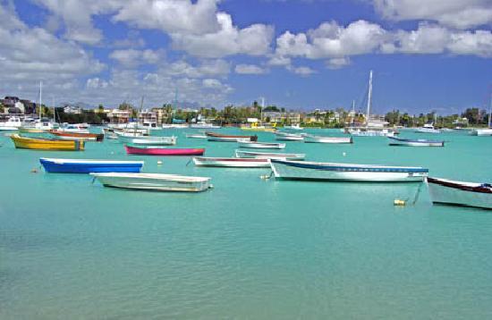 Ile Maurice : LE PORT DE GRAND BAIE