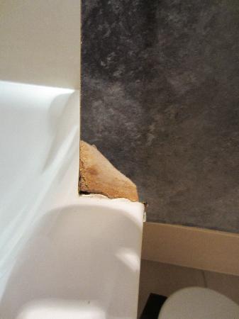 Broken Bathroom That S 22