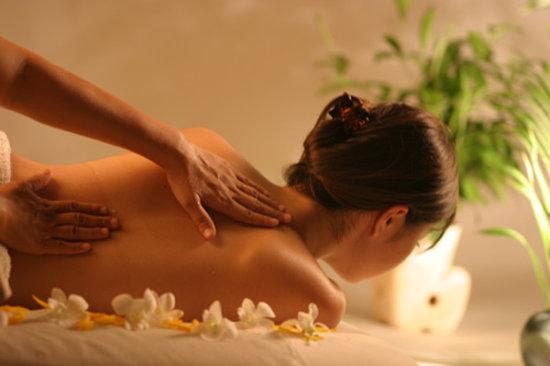 Seashells Spa: relaxing massager ; Aromatherapy