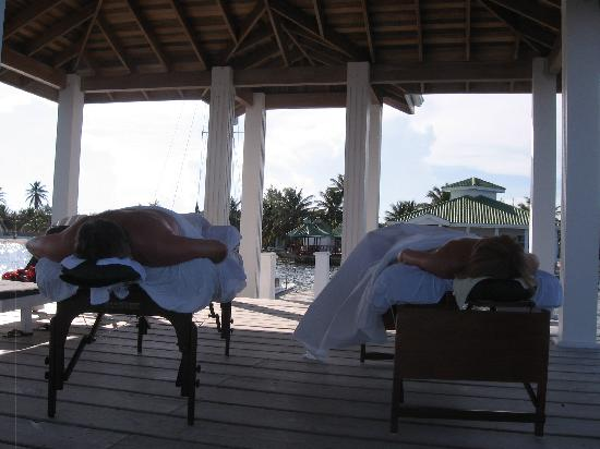 Seashells Spa: at the end of the dock a couples massage