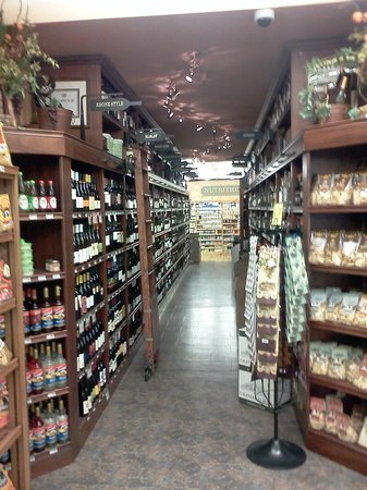 Glen Ellen Village Market