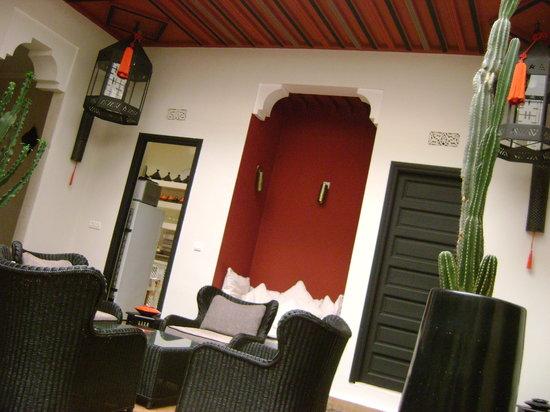 Riad Akka: entrance