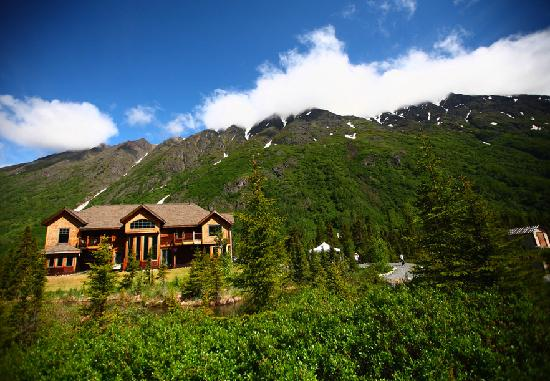Inn at Tern Lake: located a short drive from Cooper Landing, Seward, and Girdwood