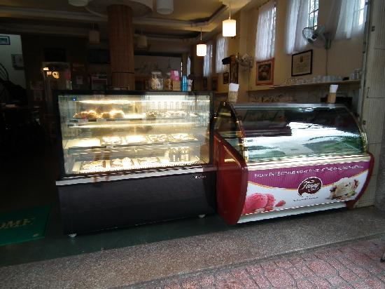 La Parisienne Ice Cream & Coffee : allerlei Süßes