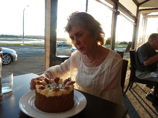 Estuary's Restaurant: Happy Birthday Helen
