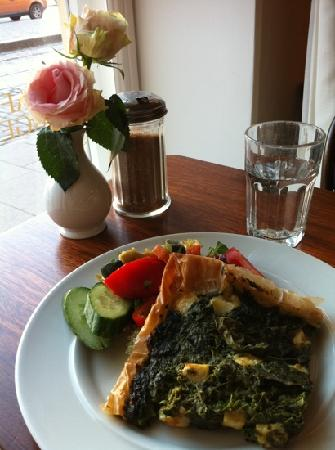 Cafe Engel: spinach pie on filo pastry