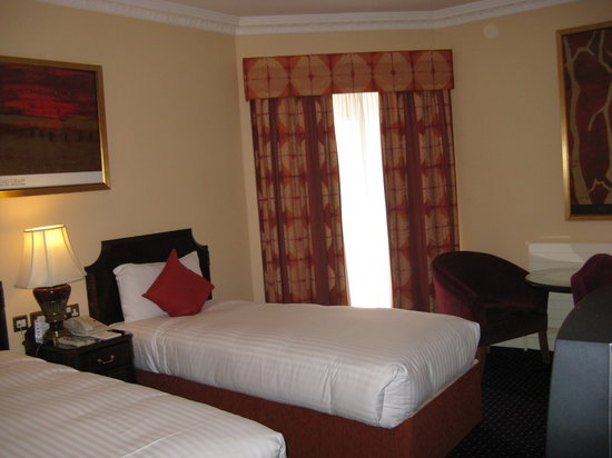 Park House Hotel: Park House - Twin Room -another view